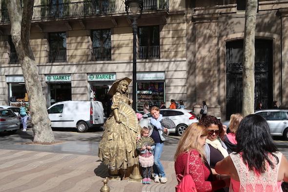 Oživlé sochy na La Rambla