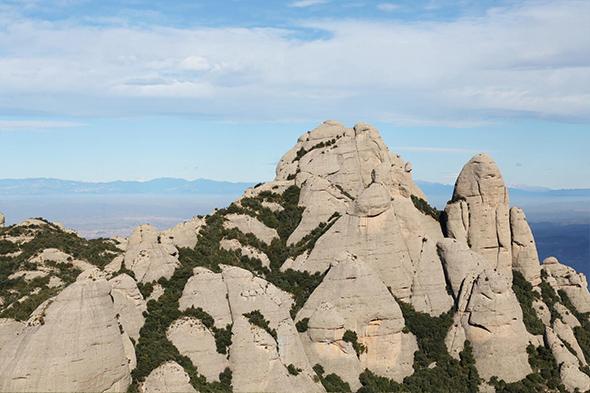 Obrázek pohoří a parku Montserrat