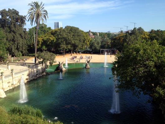 Fotografie jezírka v barcelonském městském parku