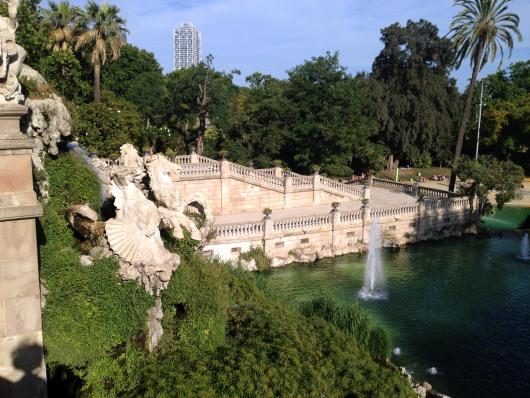 Městský park v Barceloně nabízí zeleň, pohodu a zoo